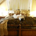  comfee romantic bed