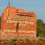 Entrance sign to Sedona Pines