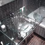 Transparent washbasin..!