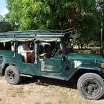 Vumbi Jeep Safaris
