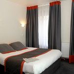 Eden Hotel Rue J.B. Pigalle