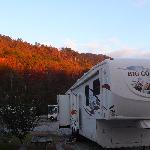 Foto van Misty River Cabins & RV Resort