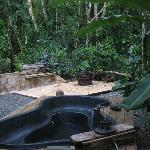 The terrace with hot tub and a private jungle valley