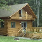 Foto de Josselyn's Getaway Log Cabins