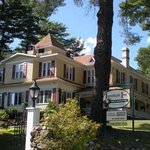  1890 Lamplight Inn B&amp;B
