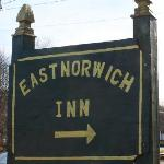 Foto van East Norwich Inn