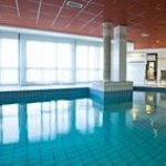 Park&Suites Prestige Toulouse Aéroport - Swimming Pool