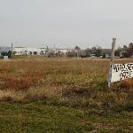  The property is surrounded by warehouses and vacant lots