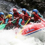 rafting sur la Nive dans le rapide des 3 vagues  Bidarray