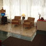 HomePlace Inn and Suites Foto