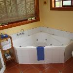 Cottage Spa Bath