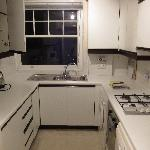  kitchen fully furnish with washing machine and dishwasher etc