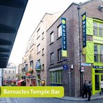 Barnacle's Temple Bar House