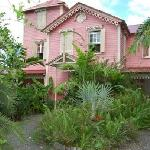  The Pink Plantation House from the parking lot.