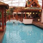 Therme: Pool und SPA-Rezeption