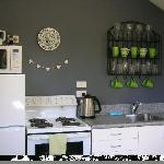 Emerald Hills Country Cottage Kitchen
