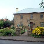 Oatlands Lodge B&B resmi