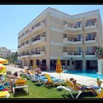 Lefteris Apartments
