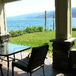 Outdoor dining area overlooking the lake
