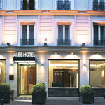 Albehotel by Night...
