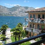 Photo de Hotel Castello Lake Front