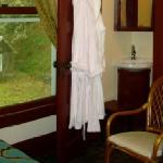 Silverbrook View & Robes
