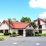 Foto de Red Roof Inn & Suites Brunswick I-95