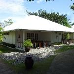 Bungalow with Deluxe Rooms