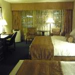 Best Western Plus Emerald Isle Motor Inn resmi