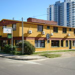 El Viajero Brava Beach Hostel &amp; Suites