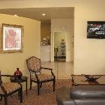 Comfort Suites North IH 35 resmi