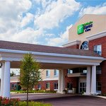 Photo de Holiday Inn Express Hotel & Suites Lake Zurich-Barrington