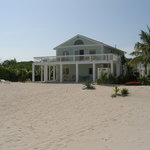 Seabreeze Beach House (1-4 bedrooms)