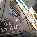  Hotel Dollar Inn