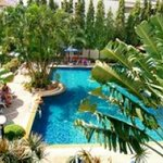 *Diana-Oasis* Residence Hotel/Studios & Garden Restaurant
