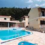 Dimitris & Frosso Apartments