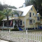 Coconut Cottage Inn