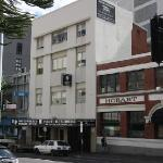 Photo de Montgomery's Private Hotel & YHA Backpackers