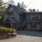 Pine Grove Lodge Bed And Breakfast