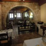 The breakfast room/ restaurant