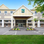 Quality Inn &amp; Suites Maine Evergreen Hotel Augusta