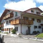 Authentic Swiss Chalet in Arenal area