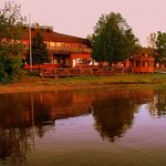 La Place Rendez Vous Hotel & Convention Fort Frances
