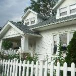 Foto de Aunt Beas Little White House B&B