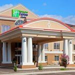 ‪Holiday Inn Express Hotel & Suites Binghamton University-Vestal‬
