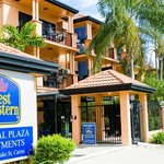 ‪BEST WESTERN Central Plaza Apartments‬