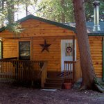 ‪Hominy Ridge Lodge and Cabins‬