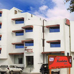 Hotel Mandakini Villas