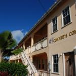 Connie's Comfort Suites resmi