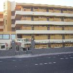 Los Cactus Apartments